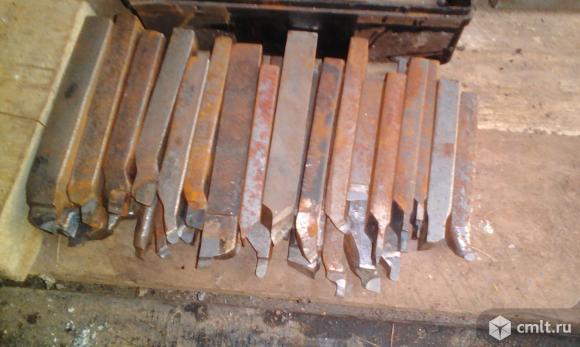 Инструмент для металлообработки. Фото 1.