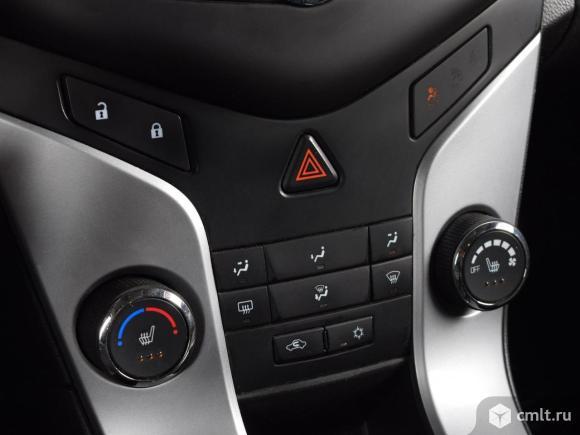 Chevrolet Cruze - 2013 г. в.. Фото 8.