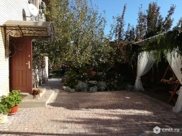Продается: дом 220 м2 на участке 11.7 сот.. Фото 1.