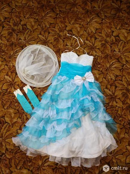 Платье нарядное для девочки. Фото 1.