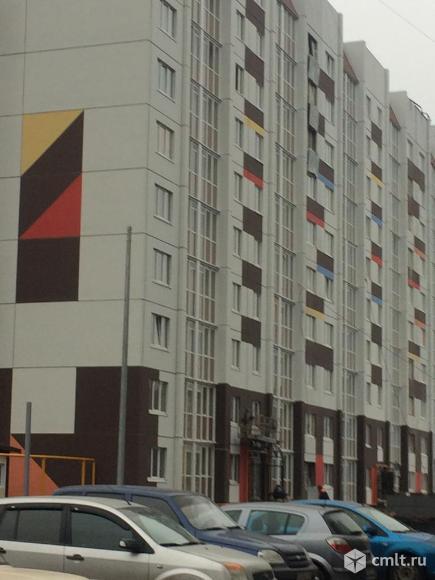 1-но комнатная квартира по улице Острогожская. Подходит под ипотеку! Отличная планировка. Варианты!. Фото 1.