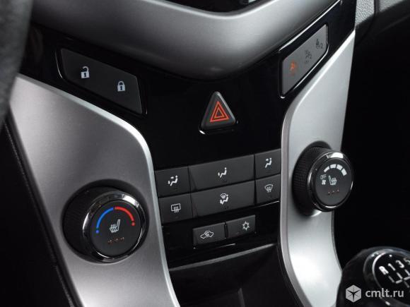 Chevrolet Cruze - 2011 г. в.. Фото 8.
