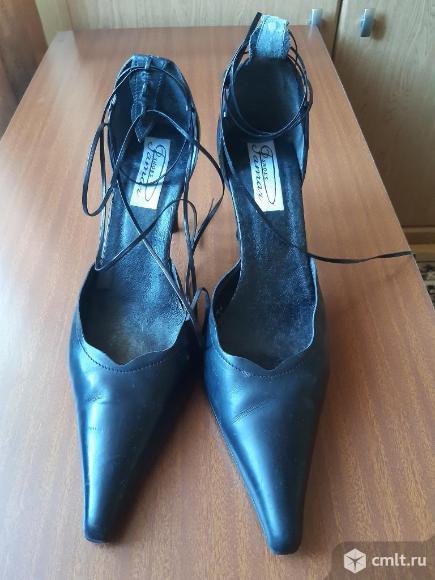 Туфли модельные женские. Фото 1.