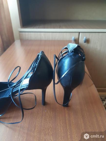Туфли модельные женские. Фото 2.