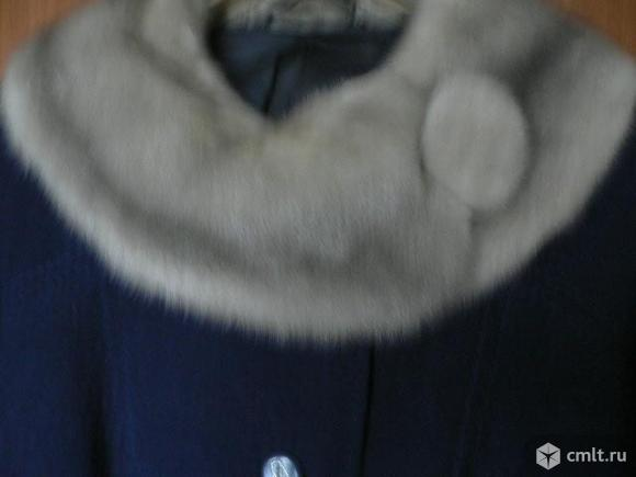 Пальто жен.. Фото 2.
