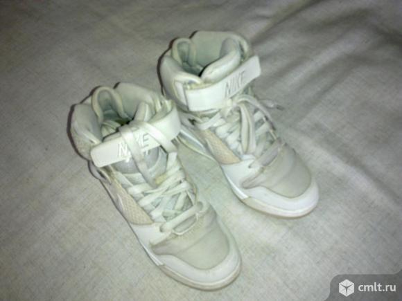 "Ботинки ""Найк"". Фото 3."