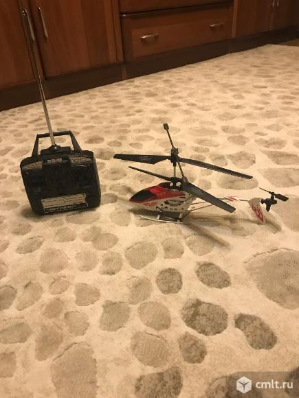Вертолет радиоуправляемый. Фото 1.
