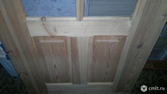 Дверь деревянная с коробкой. Фото 2.