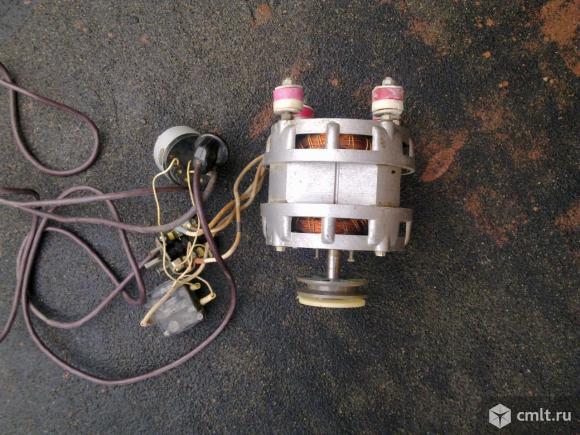 Электродвигатель 180 вт., 1420 об/мин.. Фото 1.