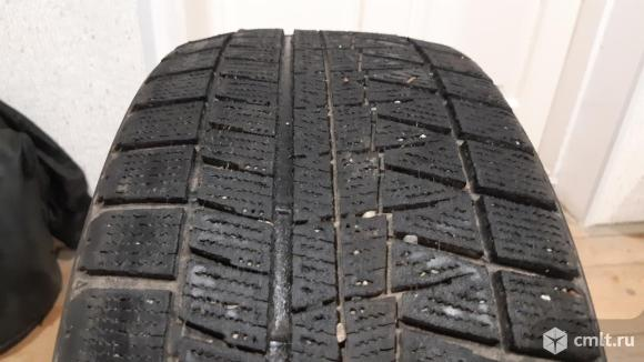 Зимняя шина Bridgestone Blizzak Revo GZ. Фото 1.