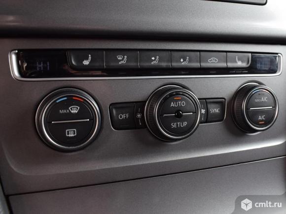 Volkswagen Golf - 2013 г. в.. Фото 8.