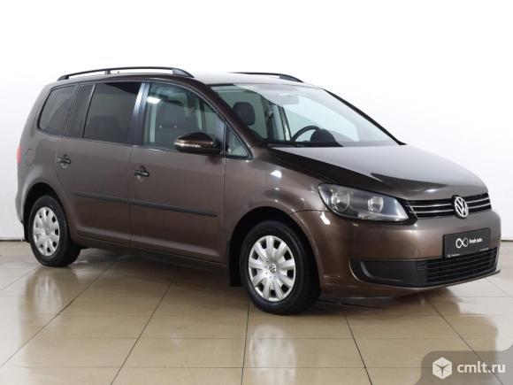 Volkswagen Touran - 2010 г. в.. Фото 1.
