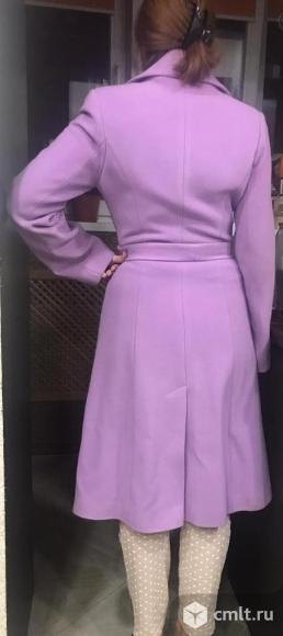 Продается отличное женское пальто. Фото 3.
