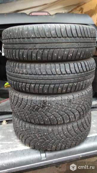 Зимние шины нордмастерR15. Фото 1.