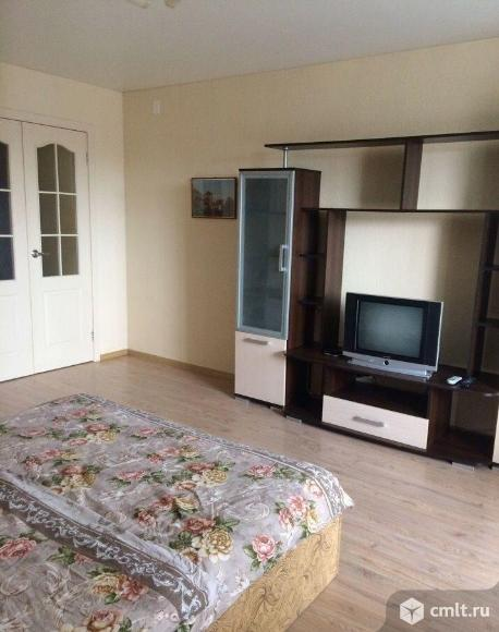 1-комнатная квартира 38 кв.м Фридриха Энгельса,центр города,меблирована,остановка Шахматный клуб. Фото 8.