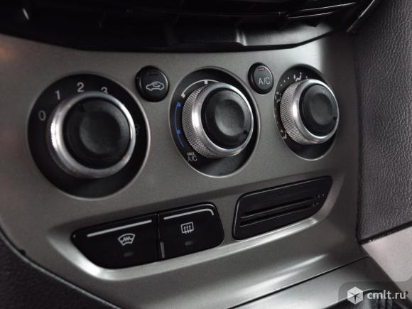 Ford Focus - 2012 г. в.. Фото 8.