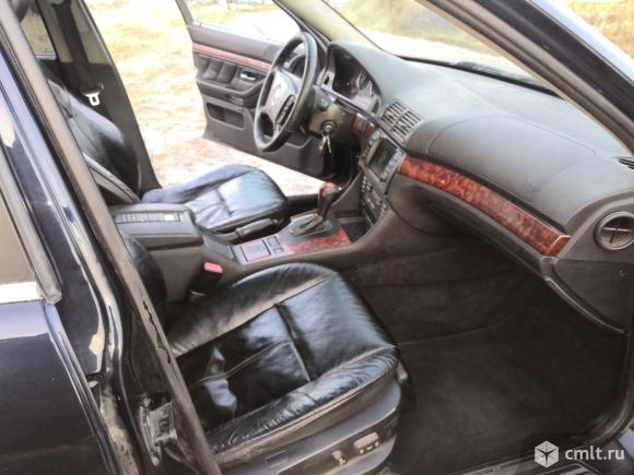 BMW 528 - 2000 г. в.. Фото 6.