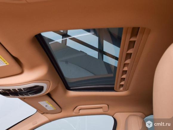 Porsche Cayenne - 2012 г. в.. Фото 11.