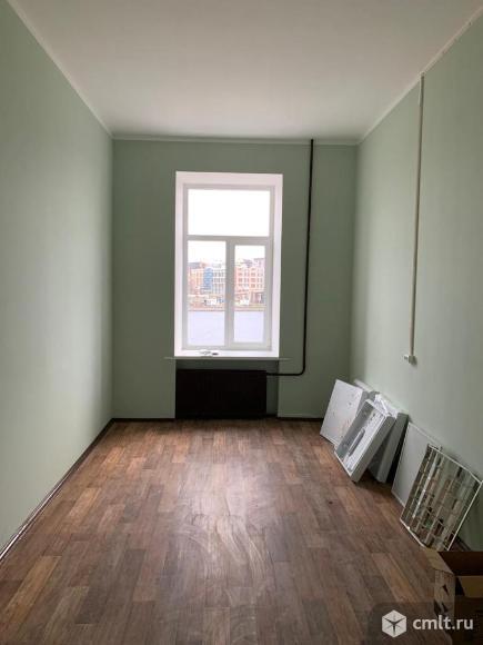 Продается 4-комн. квартира 114 м2. Фото 1.