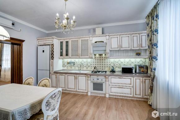 Продается: дом 286 м2 на участке 4.5 сот.. Фото 1.
