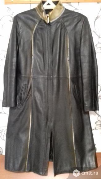 Кожаное пальто. Фото 1.