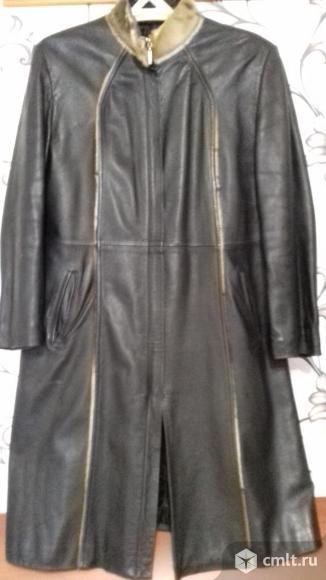 Кожаное пальто. Фото 2.