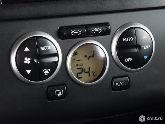 Nissan Tiida - 2008 г. в.. Фото 8.