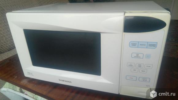Микроволновая печь Samsung. Фото 1.