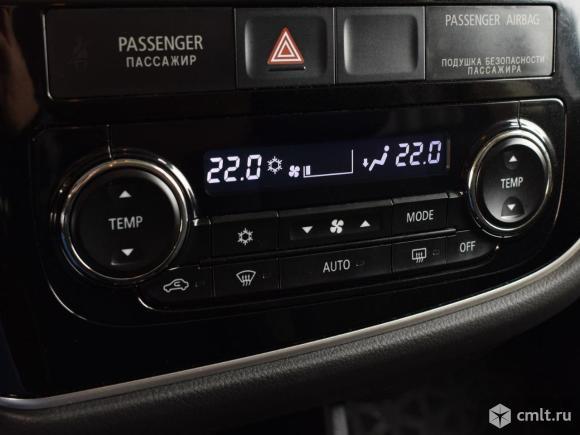 Mitsubishi Outlander - 2013 г. в.. Фото 8.