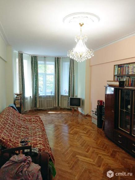 Продается комната 28 м2 в 4 ком.кв.. Фото 1.