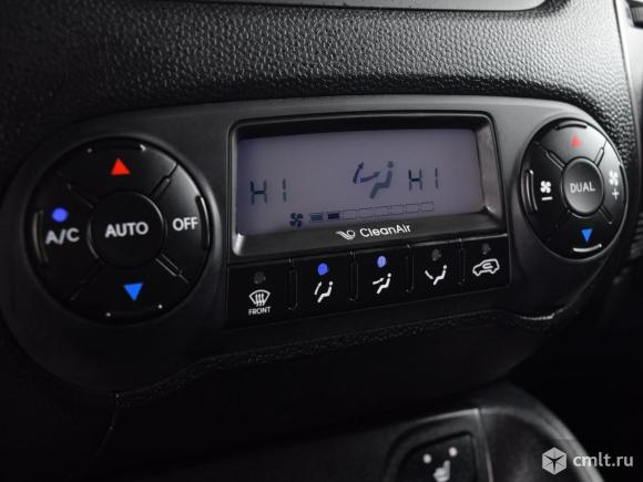 Hyundai ix35 - 2014 г. в.. Фото 8.
