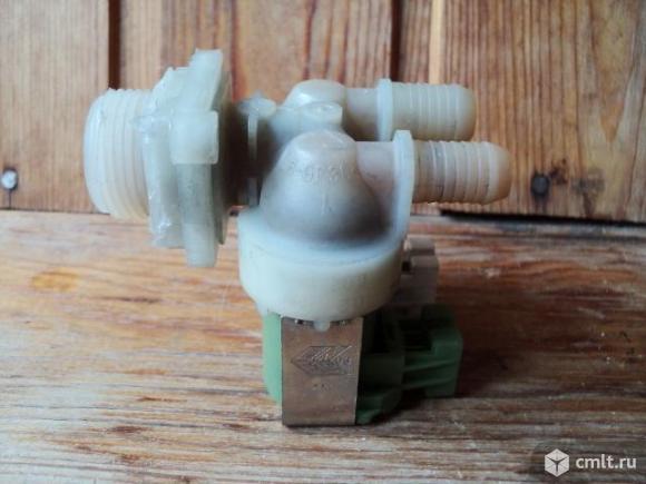 Клапан наливной для Zanussi. Фото 1.