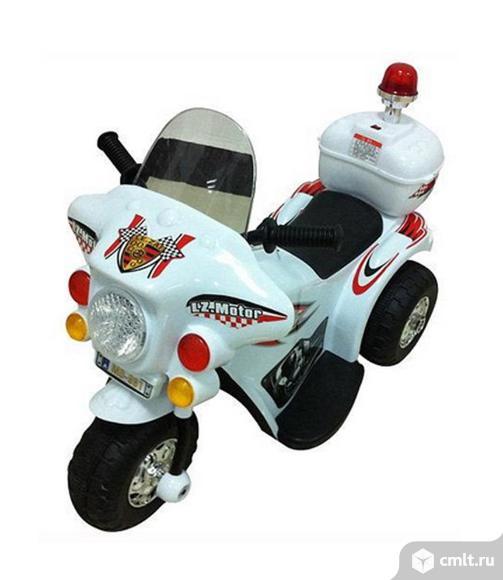Новый электромотоцикл белый со звуком и светом. Фото 1.
