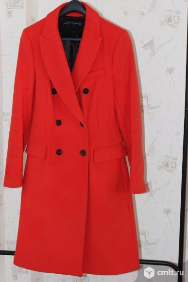Пальто Zara. Фото 1.