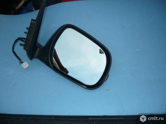 Правое зеркало Rav4   ХА30. Фото 5.