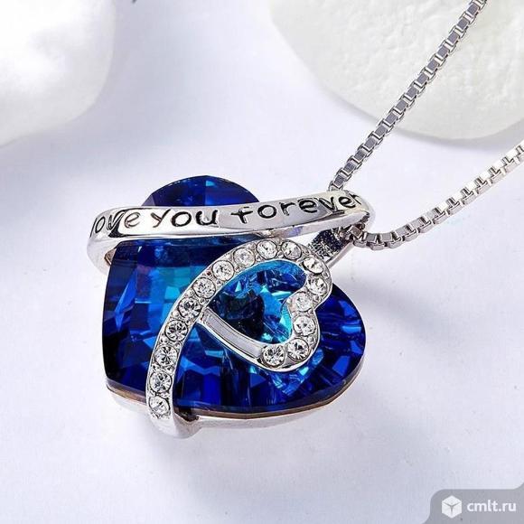 Ожерелье в виде сердца Love. Фото 1.