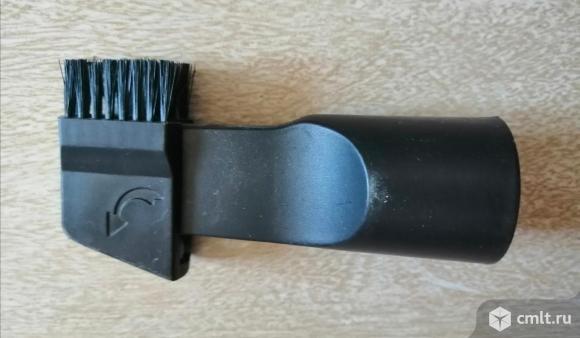 Новая щелевая насадка для пылесоса. Фото 1.