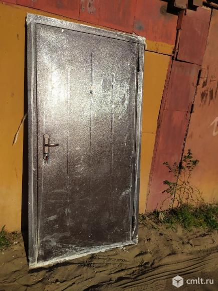 Дверь металлическая. Фото 1.