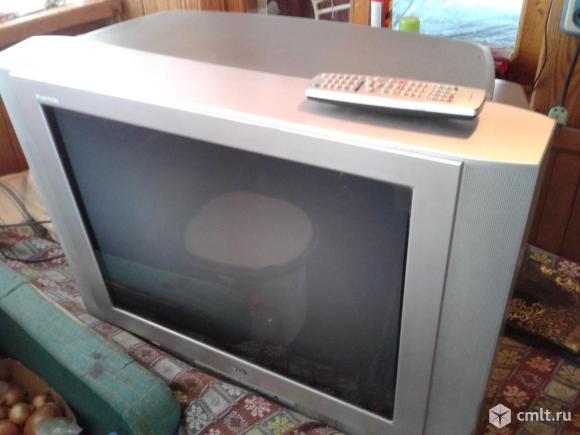 Телевизор кинескопный цв. LG. Фото 1.
