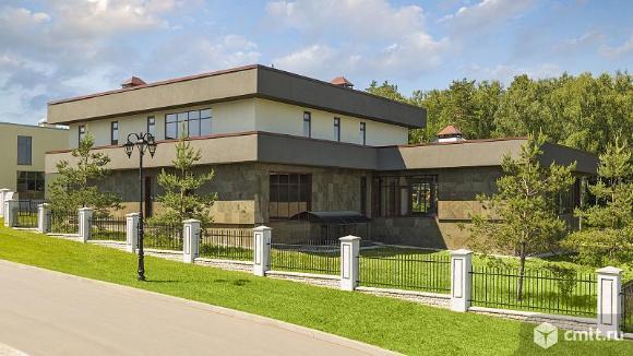 Дом 937,7 кв.м. Фото 1.