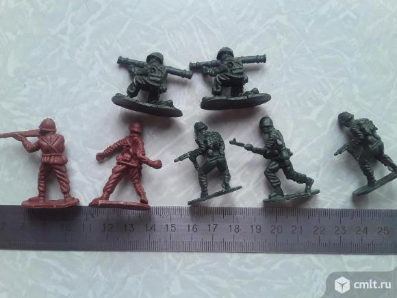 7шт. Одним лотом. Солдатики. Фото 4.