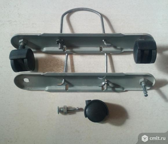 5508200000 Колесико маслонаполненного радиатора, оригинал DeLonghi. Фото 1.
