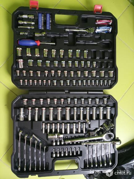 Набор инструментов 164 шт для ремонта автомобиля. Фото 1.