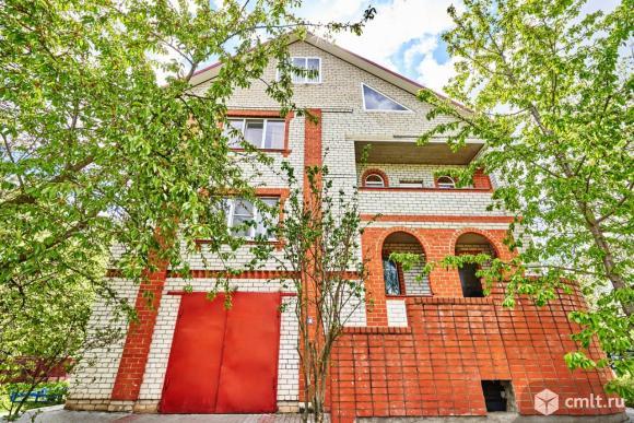 Дом с участком 316,7 кв.м. Фото 1.
