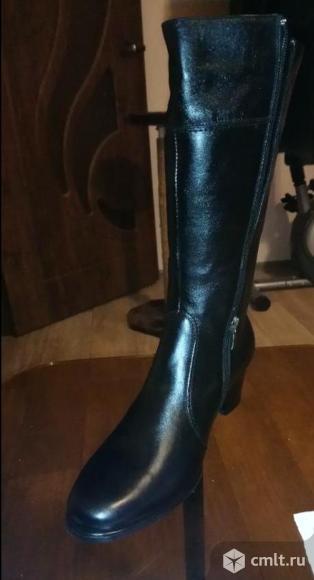 Сапоги женские зимние новые (средний каблук). Фото 1.