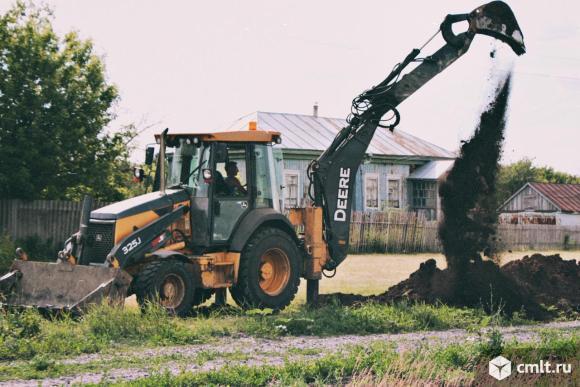 Рытье котлованов. Траншей. Демонтаж зданий, сооружений. Погрузка, уборка мусора. Наличие спецтехники. Фото 1.