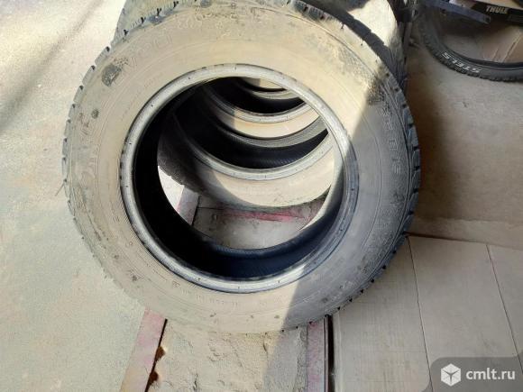 Продам зимнюю резину Gislaved 205/65/15. Фото 2.