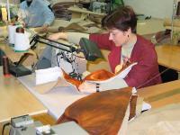 швея для мебели, швея в мебельный цех, швея для пошива мебельных чехлов, требуется швея, швея