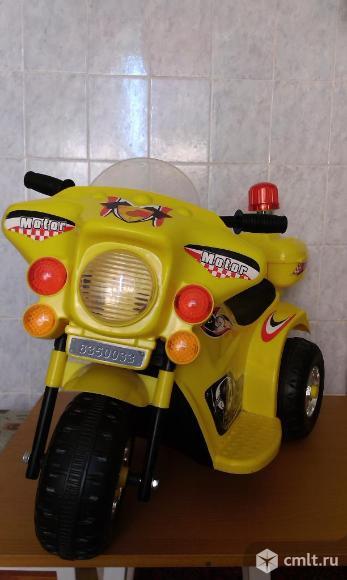 Мотоцикл детский 3-4 лет. Фото 1.