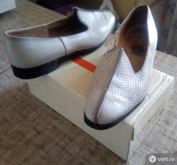 Продаю новые кожаные женские туфли. Фото 1.